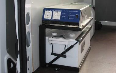 Inverter og batteristation for 220V